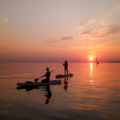 Закат на озере Кварели