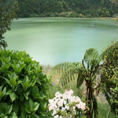 Озеро Фурнаш Азоры Португалия