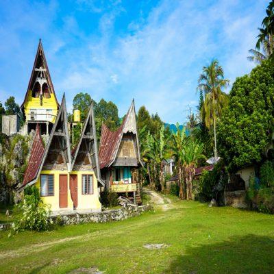 Остров Самосир Суматра Индонезия