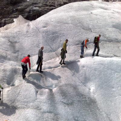 Треккинг по леднику Нигардсбрин Норвегия