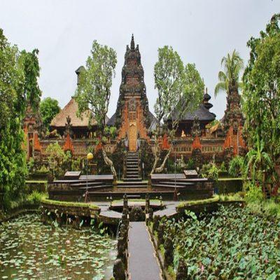 Храм Таман Сарасвати Убуд Бали