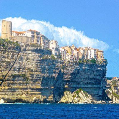 Вид из домов корсиканцев Италия