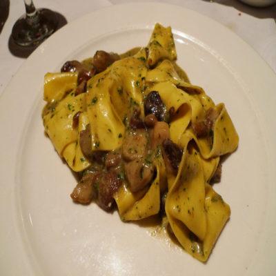 Тальятелле с белыми грибами Тироль Италия