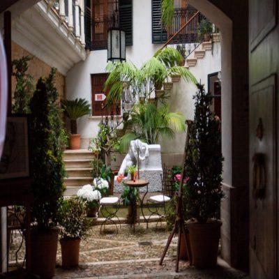 Дворик Пальмы де Майорки Испания