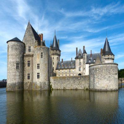 Замок Сюлли сюр Луар Долина Луары Франция