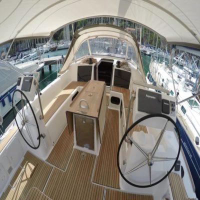 Палуба на яхте Испания