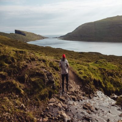 Трекинг к озеру Сёрвогсватн Фарерские острова