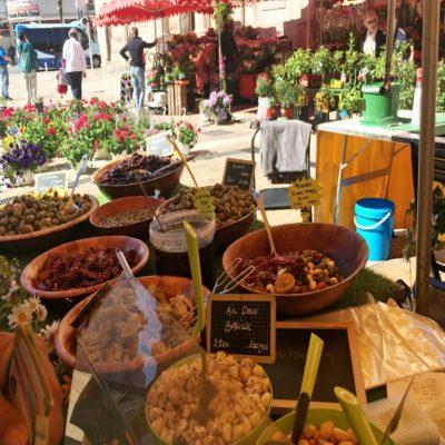 Рынок в Тулоне Франция яхтинг
