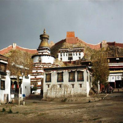 Монастырь Пелкор Чёде в Гьянгдзе Тибет