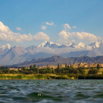 Озеро Иссык-Куль Кыргызстан