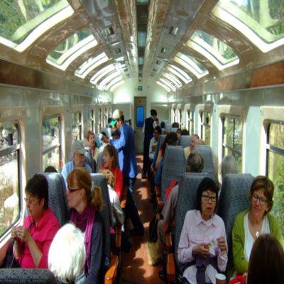 Поезд в Мачу Пикчу Перу