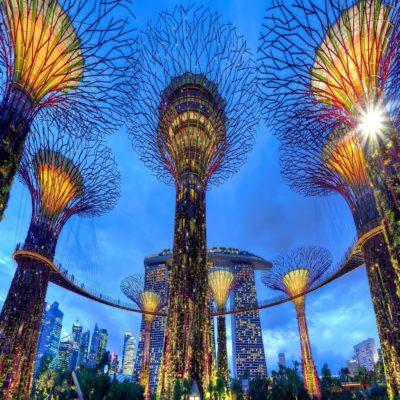 Сады у залива и отель Marina Bay Sands Сингапур