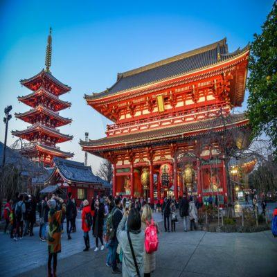 Храм Сенсодзи в Токио Япония