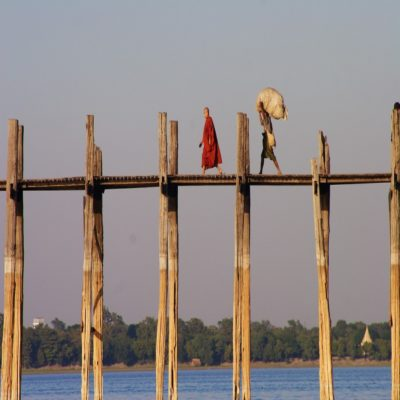 Мост У-Бейн в Амарапуре Амарапура Мьянма