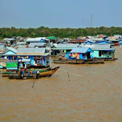 Плавучая деревня на озере Тонлесап Камбоджа