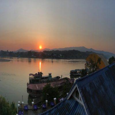 Хуай Сай и закат над Меконгом Лаос