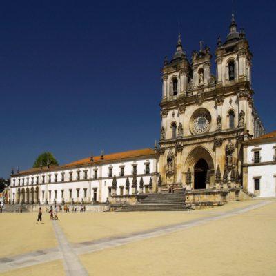 Алкобаса Португалия