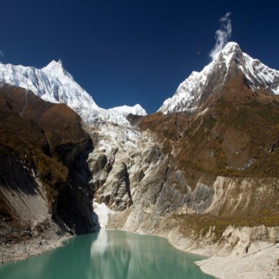 Горное озеро трекинг Манаслу Непал