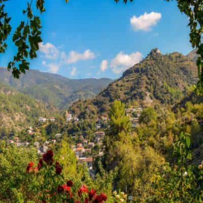Деревня в горах Троодос Кипр