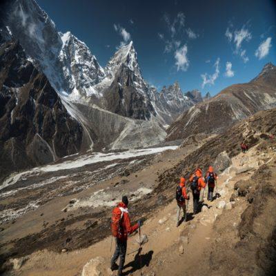 Трекинг в Гималаях Дингбоче Непал Moving