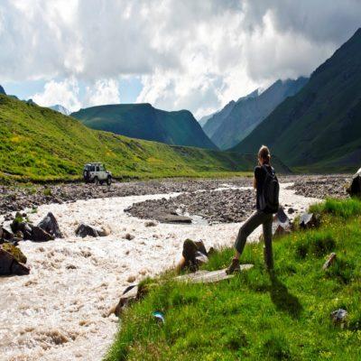 Долина реки Кызылкол Эльбрус Россия