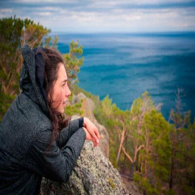 Вид на Байкал со скалы Скрипер Россия