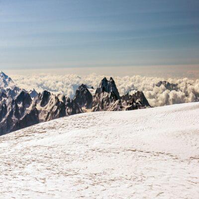 Вид с вершины Эльбрус Россия