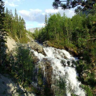 Водопад Красивый Хибины Россия