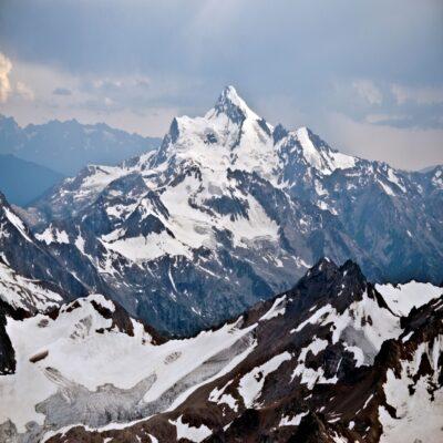 Горы Приэльбрусья Россия
