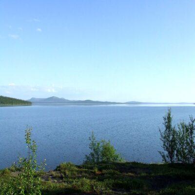 Озеро Большая Имандра Хибины Россия