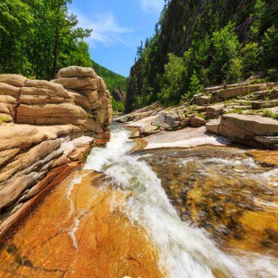 Река Милоградовка в Национальном парке «Зов тигра» Россия