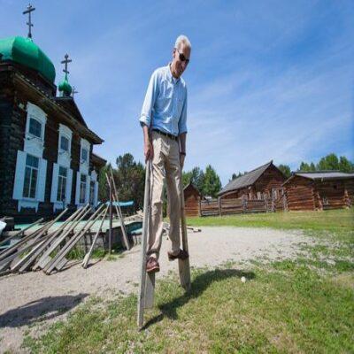 Учимся ходить на ходулях Архитектурно этнографический музей «Тальцы» Россия
