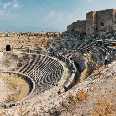 Амфитеатр античного города Милет Турция