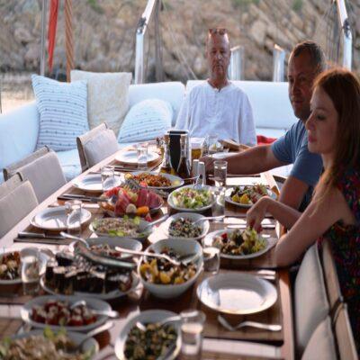 Богатый стол Турция