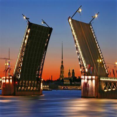 Дворцовый мост Санкт Петербург