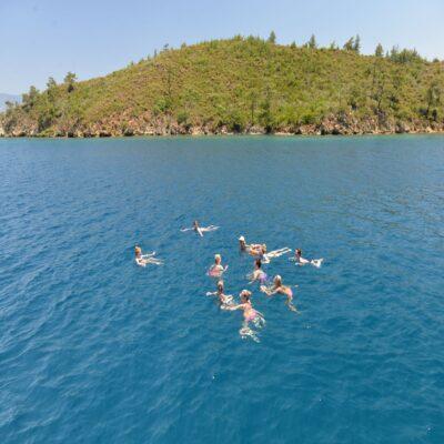 Остановка для купания в море Турция