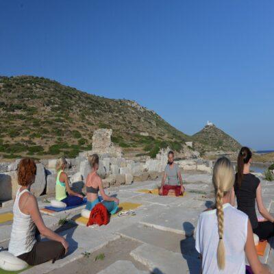 Практика среди античных руин Книдос Турция