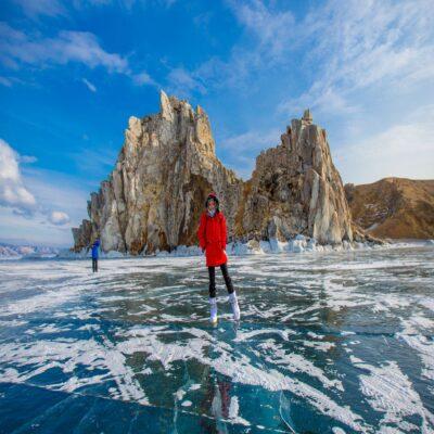 Легендарная скала Шаманка вид с воды