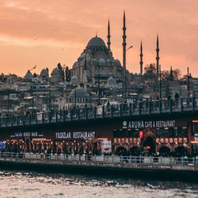 Мечеть Сулеймание и Галатский мост Стамбул Турция
