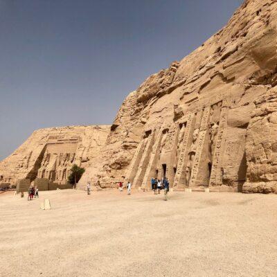 Древние храмы в скале Абу-Симбел в провинции Нубия Египет