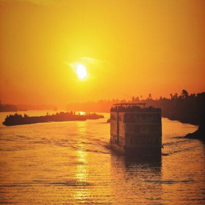 Закат над Нилом Египет