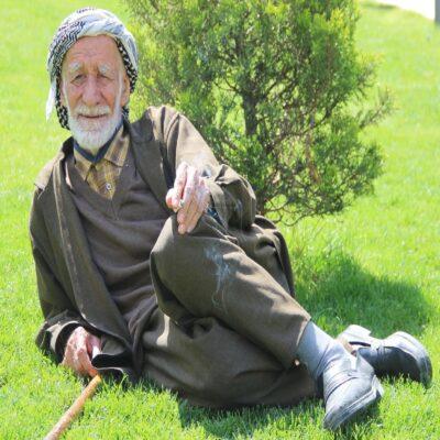 Курдский дедушка Шанлыурфа Месопотамия Турция