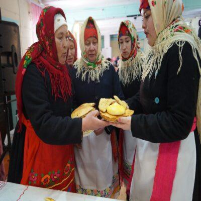 Хлебосольные жительницы села Шоруньжа Марий Эл