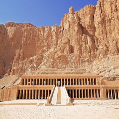 Храм царицы Хатшепсут в Луксоре Египет