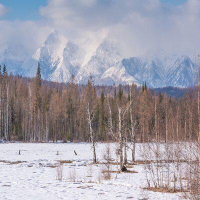 Тункинская долина Байкал