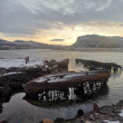 Кладбище кораблей в Териберке Кольский полуостров Мурманская область