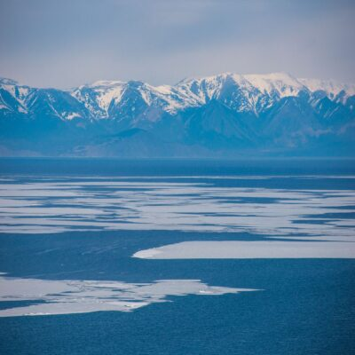 Восточный берег Байкала Россия