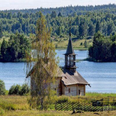 Кижи часовня Успения Божьей матери Онежское озеро Карелия