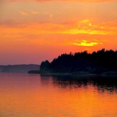 Полночное солнце Онежское озеро Карелия