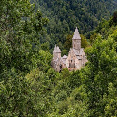 Церковь в горах Дилижана Армения